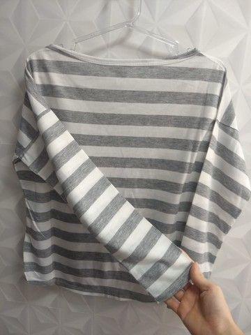 Blusa manga longa listrada - Foto 2