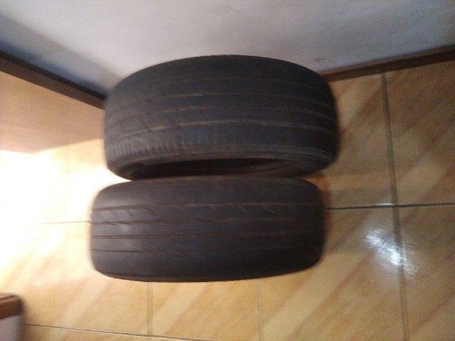 Par pneus Bridgestone sem nenhum remendo. Medida 205/55R16 Troco por rádio automotivo - Foto 3
