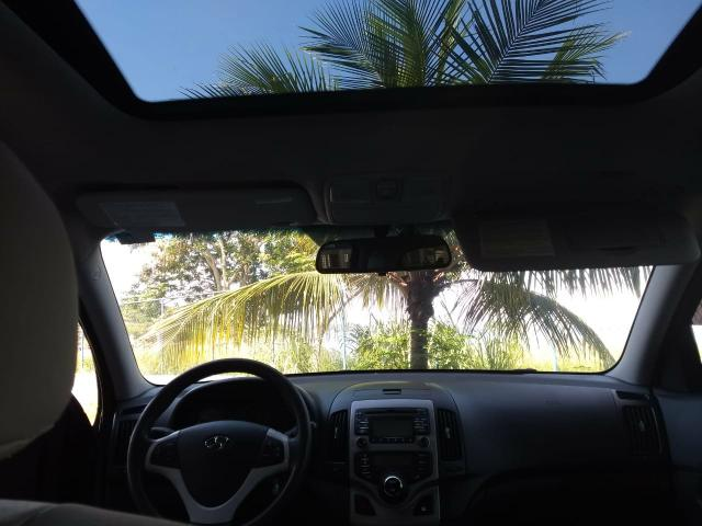 Hyundai i30 2010 automático top com teto - Foto 15