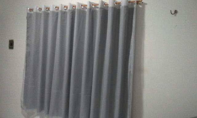 Fabrico cortinas.