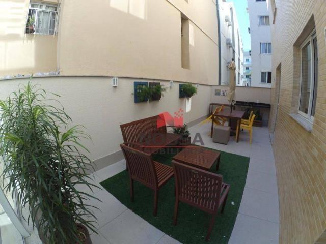 Apartamento 3 quartos com suíte e área externa individual em Jardim da Penha.