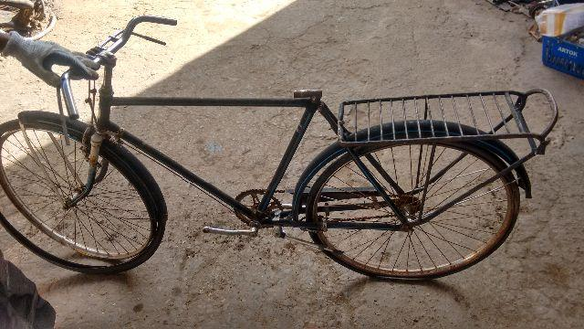 Bicicleta antiga em sete Lagoas