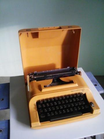 Antiguidade Maq. de escrever Remington (Funcionando)