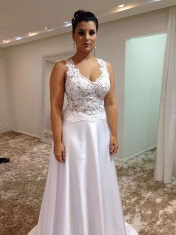 Vestido de noiva de estilista renomado