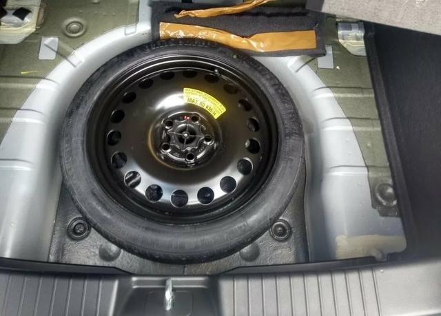Cruze hatch 1.8 - Foto 10