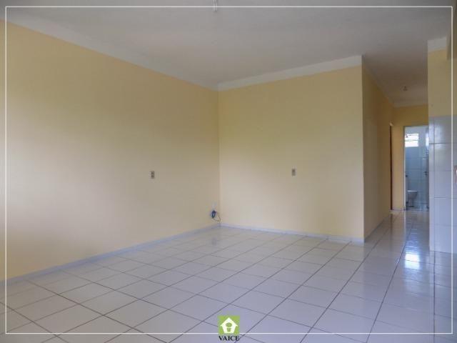 Apartamento em Messejana, 3 Quartos - Foto 2