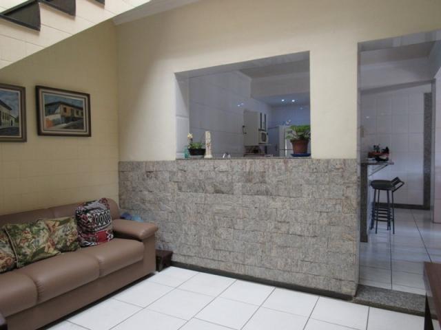Rm imóveis vende excelente casa de 04 quartos em ótima localização - Foto 2