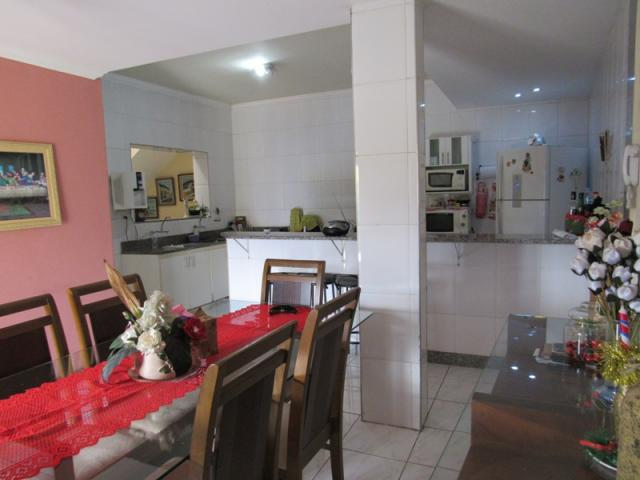 Rm imóveis vende excelente casa de 04 quartos em ótima localização - Foto 8