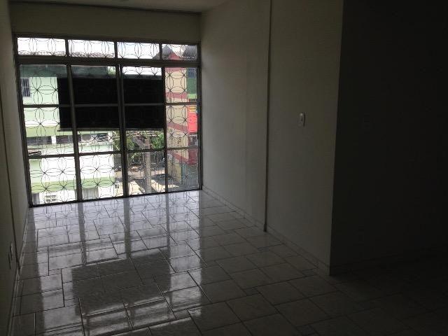 Vendo apartamento Cj. Ayapuá com 2 quartos