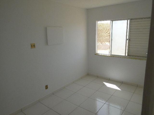 Apartamento Condomínio Jardim Vitória 2º Andar - Foto 2