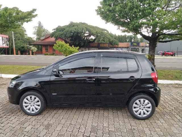 Volkswagen Fox 1.0 VHT (Flex) 4p 2012 - Foto 4