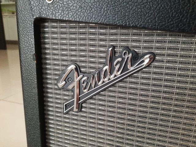 Amp de Guitarra Fender Mustang III V.2 - Foto 6