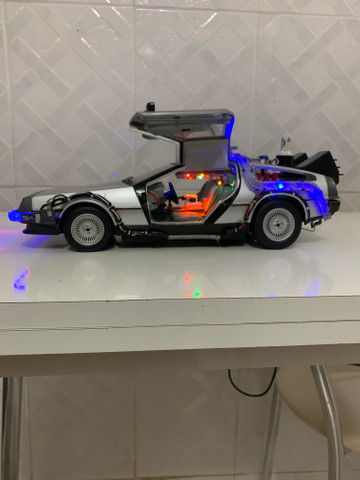 Miniatura delorean 1/15