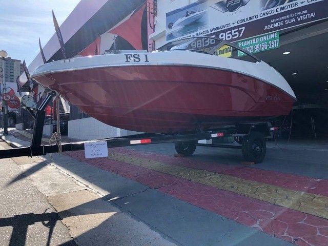 Barco com Motor Yamaha 90 HP