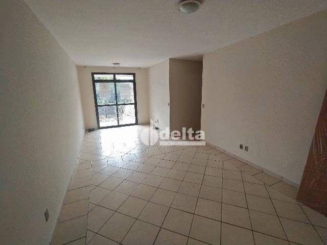 Apartamento com 3 dormitórios para alugar, 110 m² por R$ 1.500,00/mês - Centro - Uberlândi - Foto 2
