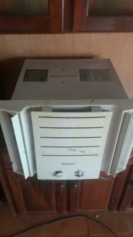 Ar condicionado 7.500 BTUs 110v