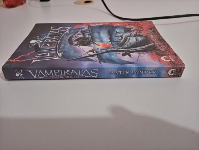 Vampiratas: Demônios do Oceano (Livro 1) - Foto 3