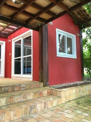 Casa 3/4 Praia do Forte, na beira da lagoa Aruá, contato direto com a natureza - Foto 3