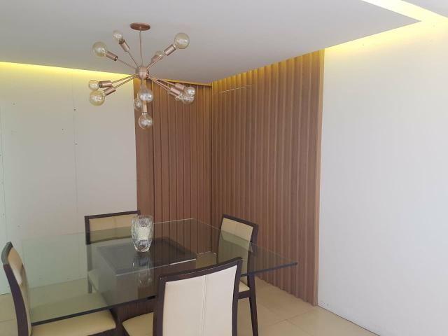 Excelente apartamento no Farol, 3 quartos