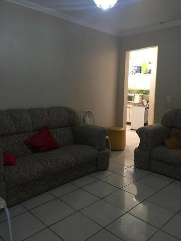 Apartamento com dois quartos no Centro - Foto 2