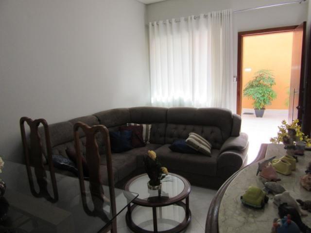 Rm imóveis vende excelente casa no caiçara, todo reformado ao lado de todos os tipos de co - Foto 2
