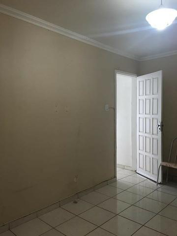Apartamento com dois quartos no Centro - Foto 6