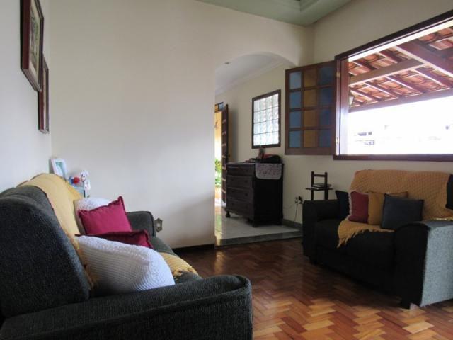 Rm imóveis vende excelente casa de 04 quartos em ótima localização - Foto 3
