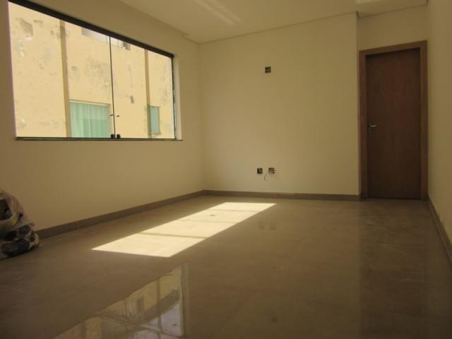 Lançamento no bairro Caiçara, prédio novo, 100% revestido com elevador! - Foto 2