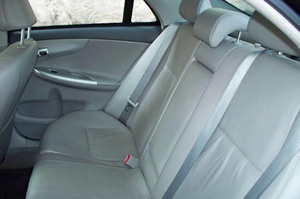 Toyota Corolla XEi 2.0 Flex 16V Aut. 2011/2012 - Foto 11