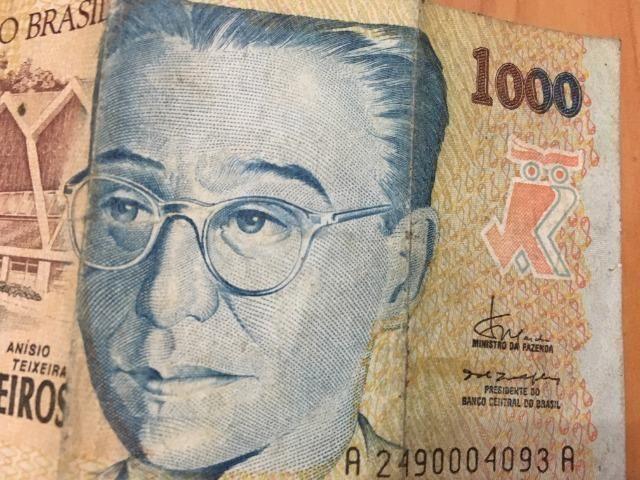 Nota / Cédula de 1000 Cruzeiros Reais de 1993 Flor de Estampa dinheiro bem conservado - Foto 5