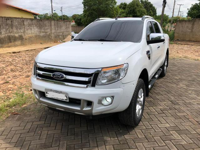 Ford Ranger Limited 2014, conservadíssima