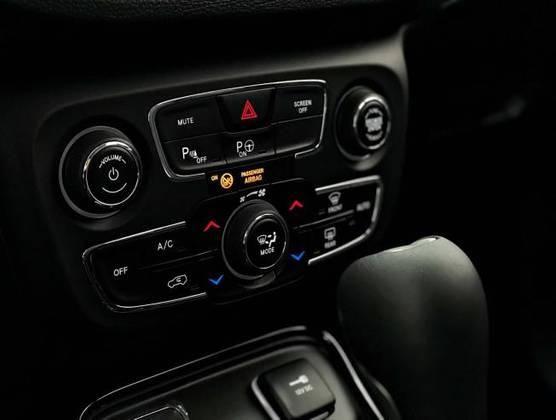 COMPASS 2019/2019 2.0 16V FLEX LIMITED AUTOMÁTICO - Foto 11