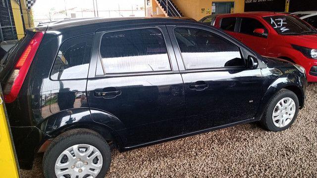 Fiesta 1.0 ano 2014. Ent. R$5.000 - TITAN Multimarcas - Foto 2