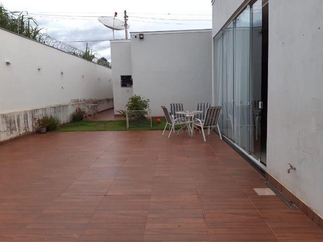 Excelente casa no Chácaras Caiçaras em Patos de Minas/MG - Foto 16