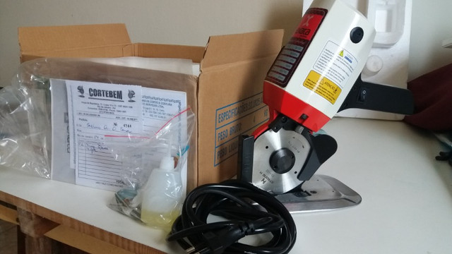 Máquina para cortar tecido profissional - Foto 3