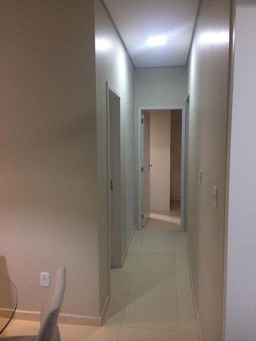 Vende, Apartamento com 3 quartos, sendo 1 suíte, localizado no bairro Aponiã - Foto 2