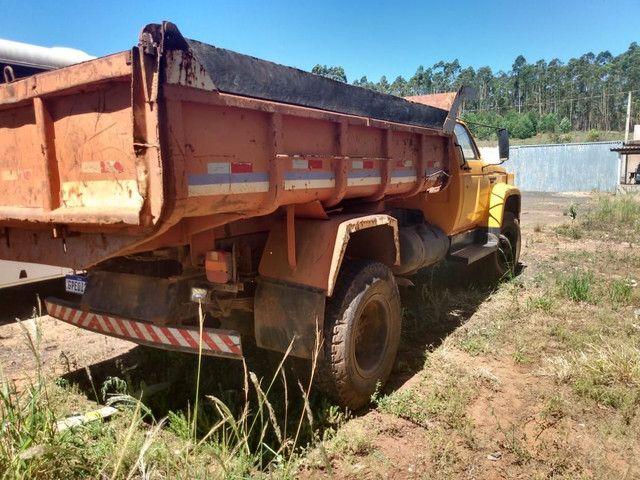Troco por caminhão traçado caçamba ou 3/4 furgao - Foto 2