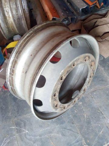 Rodas para caminhões 275/295 a disco e raiadas