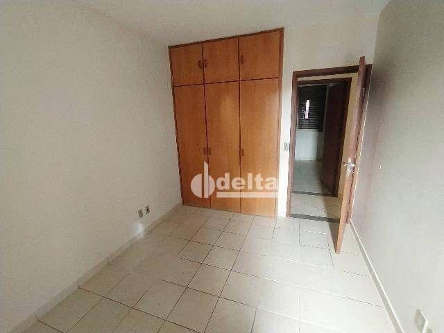 Apartamento com 3 dormitórios para alugar, 110 m² por R$ 1.500,00/mês - Centro - Uberlândi - Foto 5