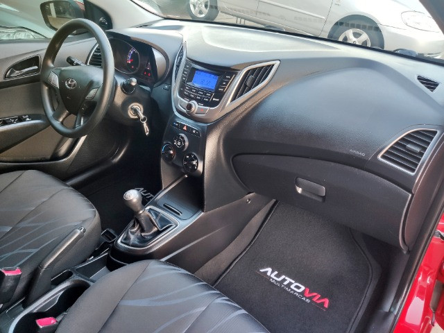 Hyundai HB20 1.0 Manual - 2015 - Unica Dona - Foto 12