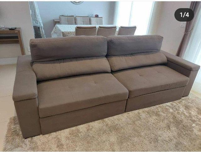 Sofá 2 módulos com assento retrátil e encosto articulado