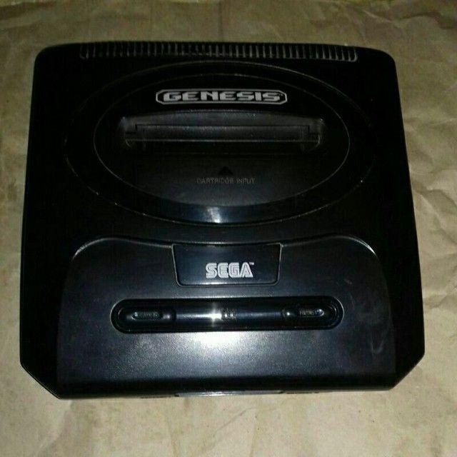 Sega Genesis 2 com cabo rca,controle novo e fonte bivolt - Foto 3