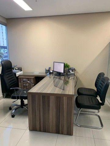 Mesa para escritório em L,  e 3 Cadeiras - Foto 6