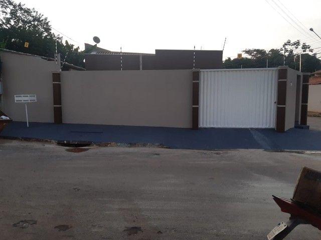 Casa Com Piscina 3 quartos 1 Suite Prox SHopping - Foto 5