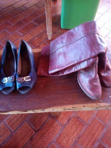 Calçados tamanho 35 - Foto 2