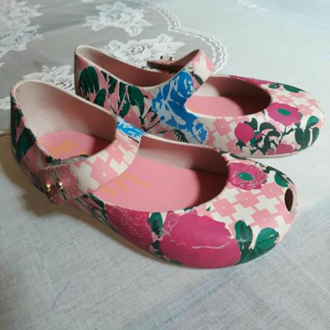 Mini Melissa Floral (original)
