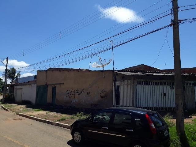 Lote Esquina Escriturado 180 mts Com 04 Residencias Qr 621, * ZAP - Foto 2