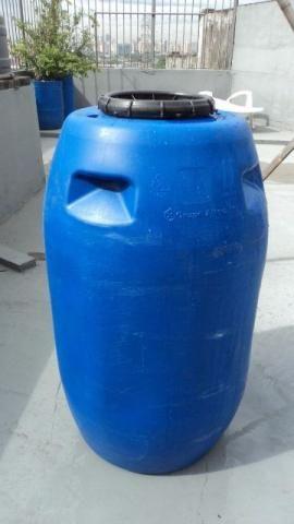 Tambor / Tambor plástico / Bombona / Reservatório de 240 lts R 100,00