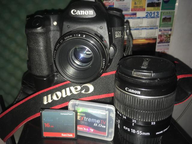 Canon EOS 50D + grip + 18-55 + 50mm