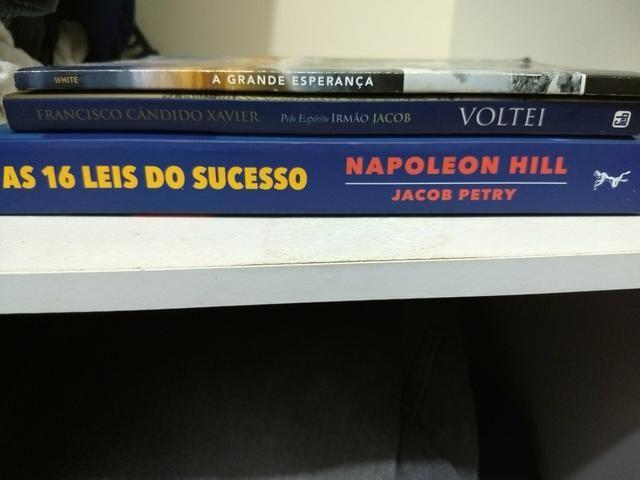 Vende se livros